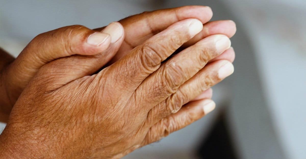 53284-praying-hands-4-1200.1200w.tn_