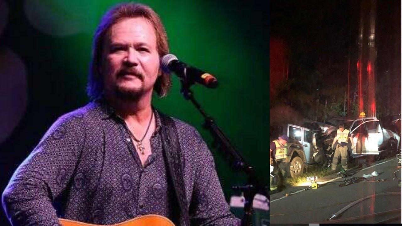 <pre><pre> ¡Oraciones arriba! El cantante de country Travis Tritt involucrado en un mortal accidente automovilístico.